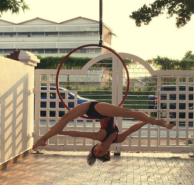 Caitlin Mayhap Is An Aerialist With Serious Skills (17 pics)