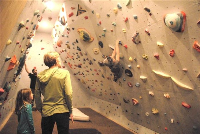 Home Climbing Wall Designs. Tom With Home Climbing Wall Designs. A ...