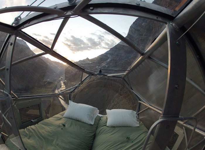 This Cliffside Hotel Is Both Amazing And Terrifying (12 pics)