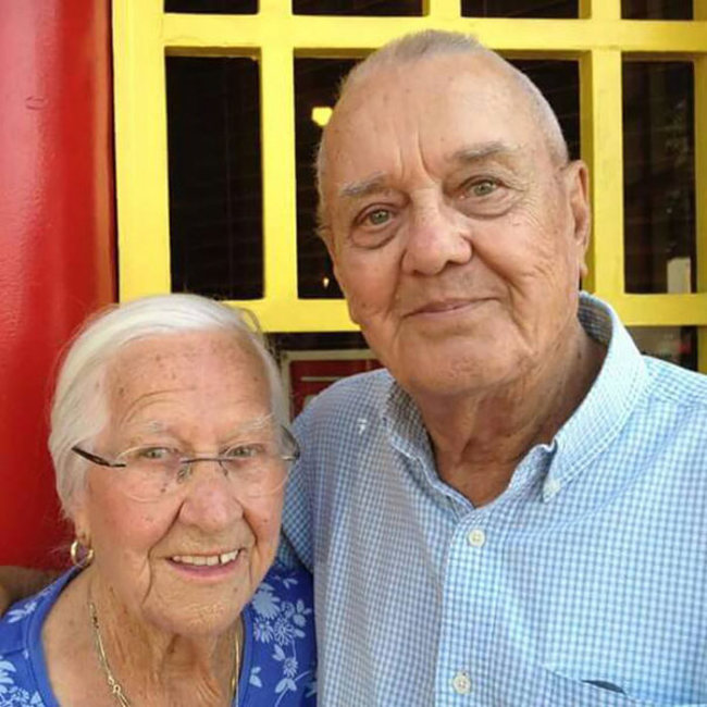 California Couple That Had Been Married For 75 Years Died In Each Other's Arms (7 pics)