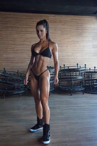 Strong, Sporty And Fit Girls Are A Special Kind Of Sexy (50 pics)