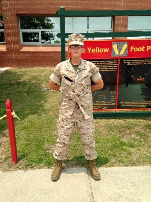 After Being Overweight For Years This Man Slimmed Down To Become A Marine (18 pics)