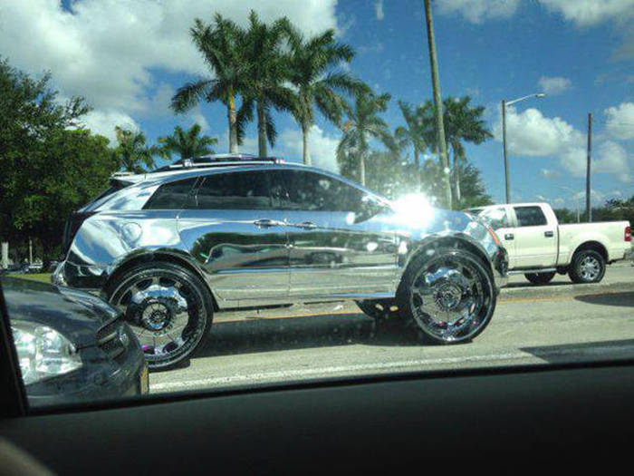 Custom Vehicles That Redefine What It Means To Be Cool (40 pics)