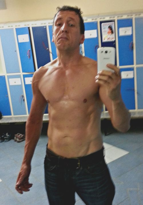 This Man Made An Epic Transformation In Just One Year (2 pics)