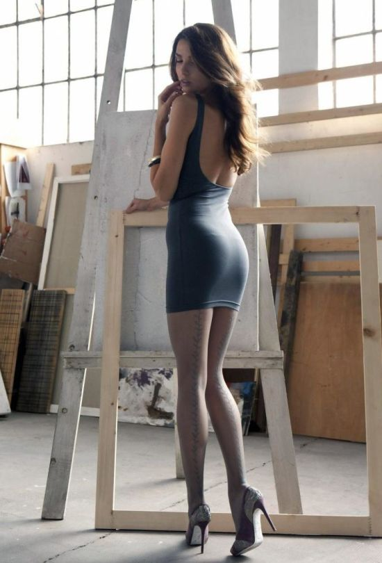 Summer Dresses And Hot Women Go So Well Together (35 pics)