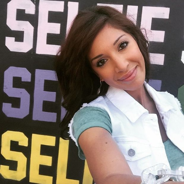 Farrah Abraham Gave Her Daughter $600 After She Lost Two Teeth (2 pics)