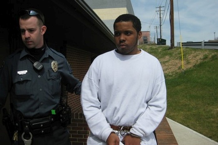 Dumb Criminals That Got Busted Because Of Their Own Stupidity (12 pics)