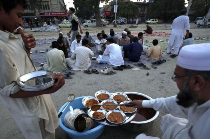 What Life In Pakistan Really Looks Like (20 pics)