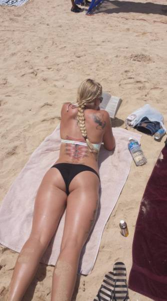These Girls Know How To Make Tattoos Look Hot From Head To Toe (53 pics)