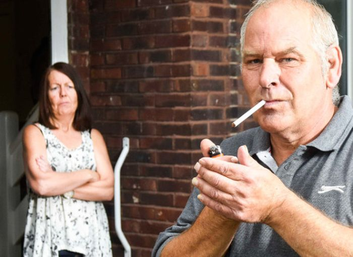 Husband Who Promised To Quit Smoking Gets Busted By Google Street View (2 pics)