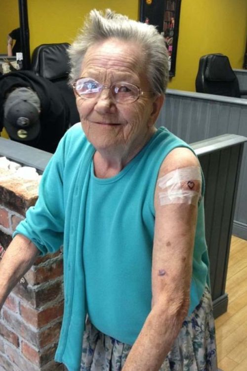 79 Year Old Woman Sneaks Out Of Her Care Home To Get A Tattoo (3 pics)