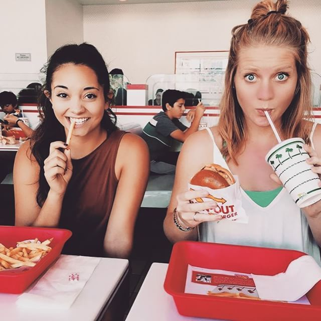 Girls With Gluten Want You To Know Happiness Is A Warm Slice Of Pizza (25 pics)