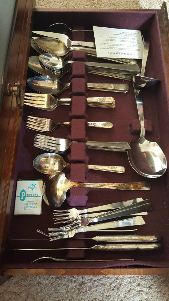 Wife Finds Something Embarrassing In Grandmother's Silverware Collection (5 pics)