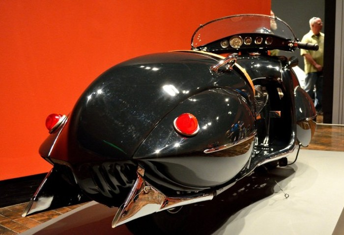 The 1934 Henderson Streamline Is One Of The Most Unique Motorcycles Ever (9 pics)