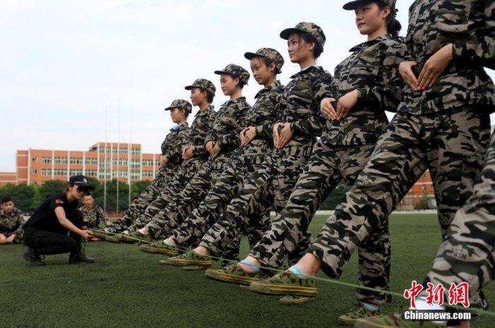 Military Training Regimens In China (7 pics)