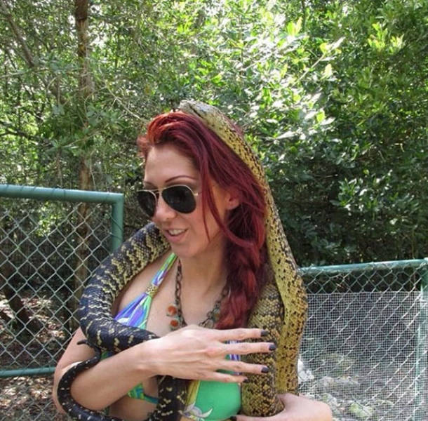 Flirty Model Anett Pikula Arrested (10 pics)
