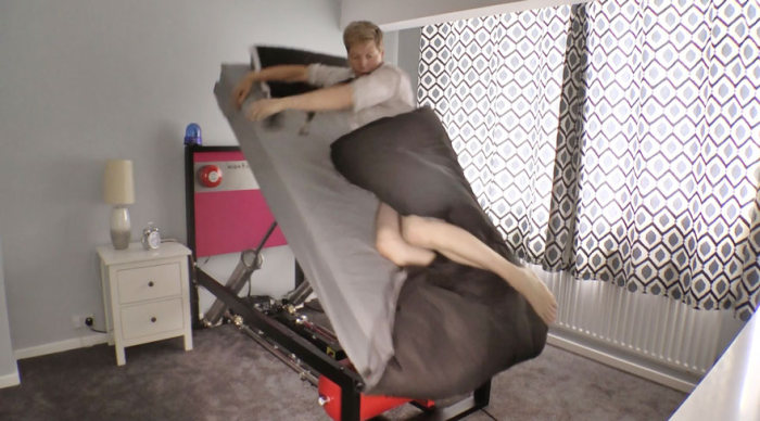 This High Voltage Ejector Bed Is The Wake Up Call You Need (4 pics)