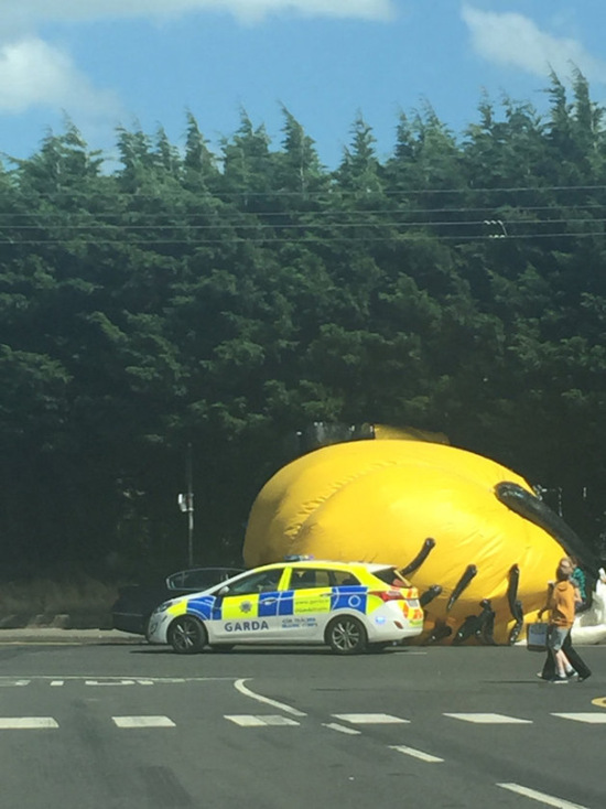Giant Minion Causes Big Traffic Problems In Ireland (7 pics)