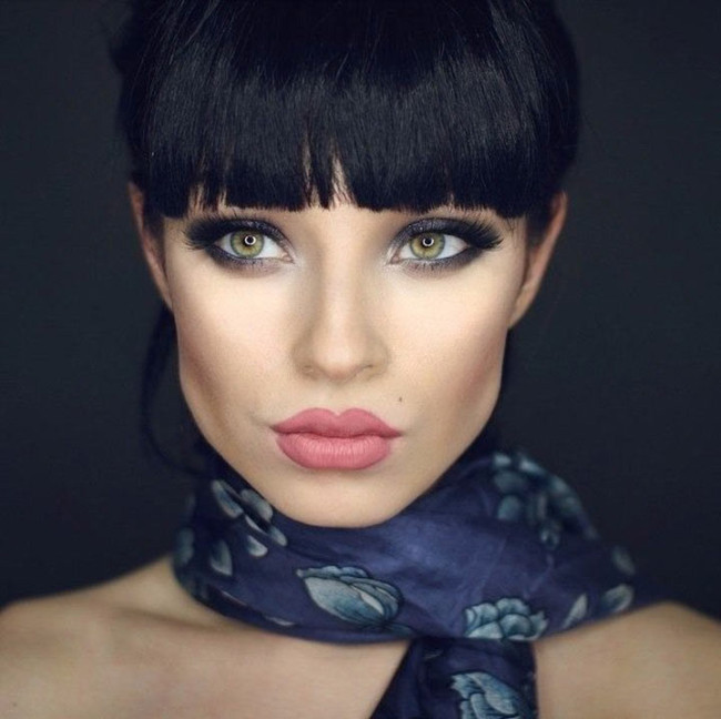 Beautiful Girl Demonstrates The Power Of Makeup With Many Different Looks (6 pics)