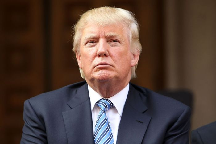 Donald Trump Has Aged Over The Years But His Hair Stays The Same (7 pics)