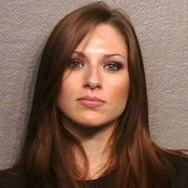 Bad Girls That Took Drop Dead Sexy Mugshots (22 pics)
