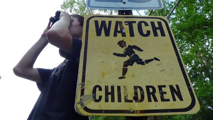 People Who Take Signs Way Too Literally (26 pics)