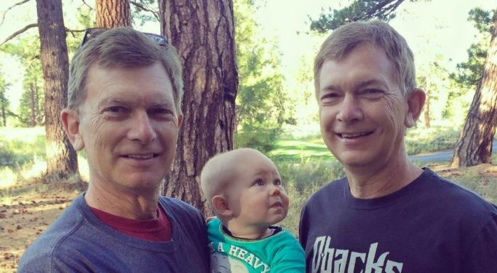 Baby Can't Figure Out Which One Of These Twins Is His Grandfather (2 pics)