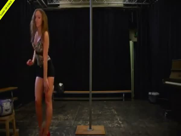 Pole Dancing Routine Gets Interrupted