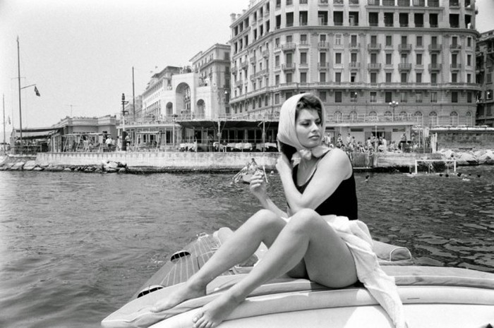 Sophia Loren Was Drop Dead Gorgeous Back In The Day (11 pics)
