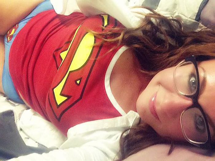 Sexy Fangirls That Will Have You Hooked After Just One Look (34 pics)