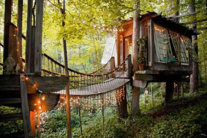You Can Find The Coolest Places To Rent On Airbnb (20 pics)
