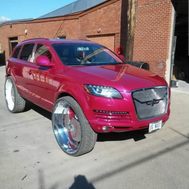 Audi Q7 Gets A Ghetto Style Makeover (5 pics)