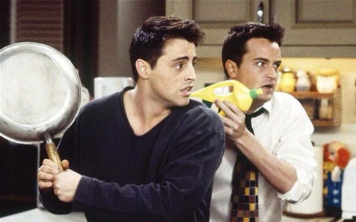 Matt Leblanc And Matthew Perry Get Together For A Little Friends Reunion (2 pics)