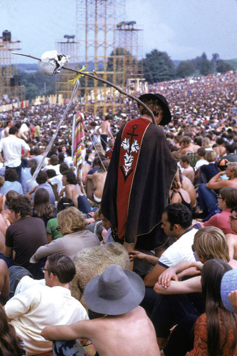 Pictures That Perfectly Capture The Insanity Of Woodstock -9380