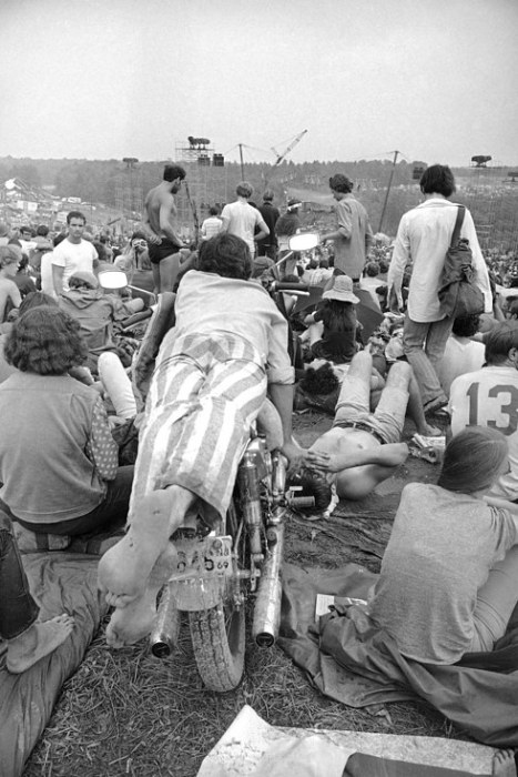 Pictures That Perfectly Capture The Insanity Of Woodstock -9232