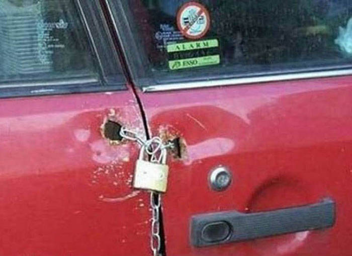 Redneck Car Hacks That Everyone Needs To Try (31 pics)