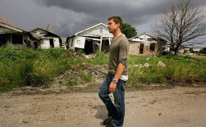 Brad Pitt Helps To Rebuild Homes In New Orleans (14 pics)