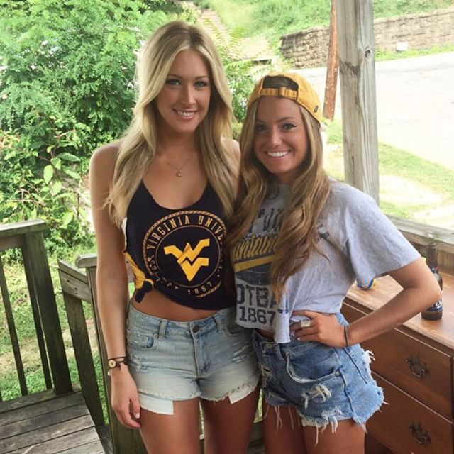 College Girls That Make Going To School More Than Worth It (23 pics)