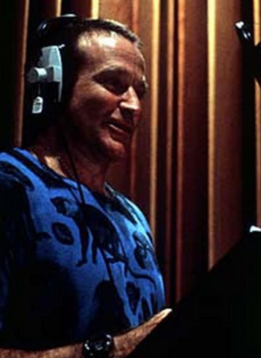 Go Behind The Scenes Of Robin Williams' Most Famous Movies (22 pics)