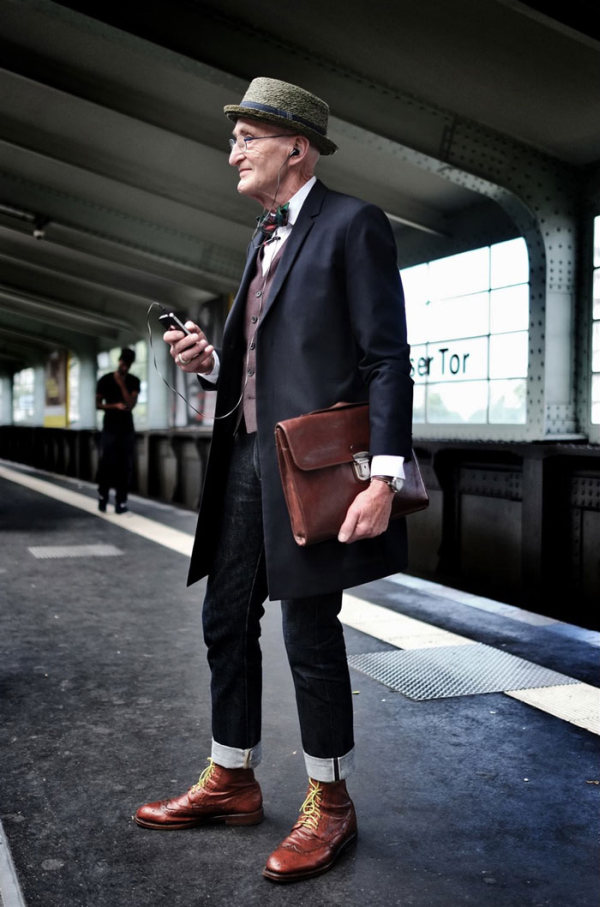 Hip Grandpa Dresses Better Than Most People Half His Age (15 pics)
