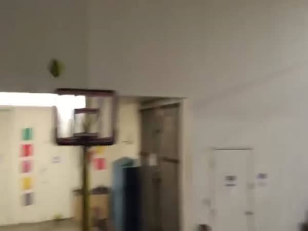 The Ultimate Trickshot Dunk