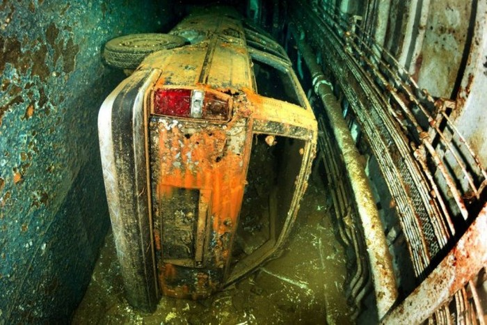 The Salem Express Sits At The Bottom Of The Red Sea (20 pics)