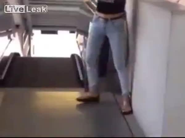 Chinese People Are Afraid Of Escalators