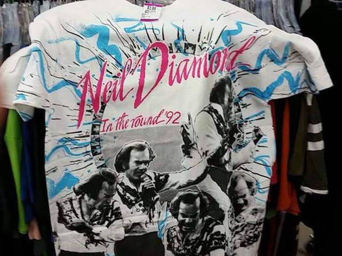 Cool Thrift Shop Finds (37 pics)