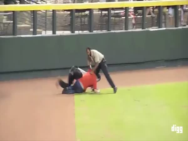 Baseball Fans Getting Tackled