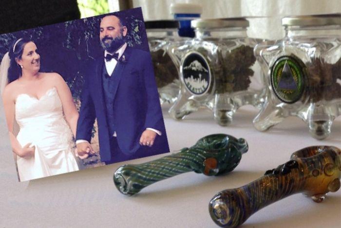 Weed Bar At The Wedding (4 pics)