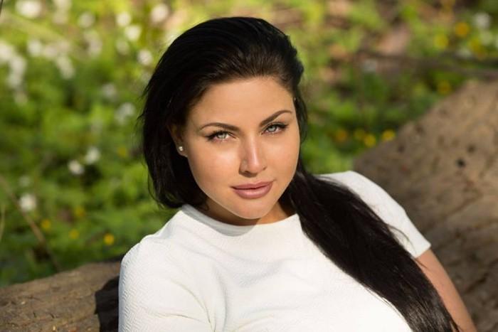 Julia Lavrova — Russian Version of Kim Kardashian (22 pics)