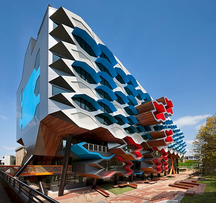 Amazing Buildings (16 pics)