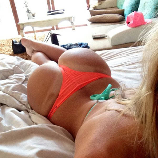 Beautiful Tan Lines (47 pics)