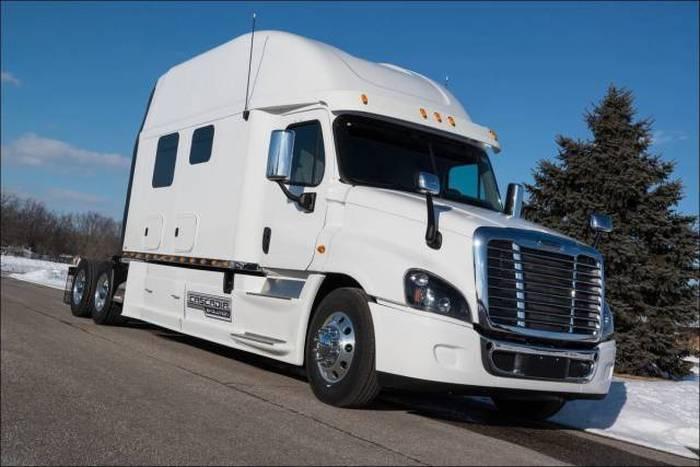 Modern Trucks (9 pics)